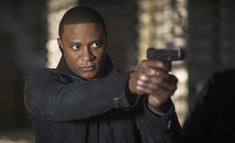 Arrow Season 3 Episode 10 Photo Gallery: ATOMic Business