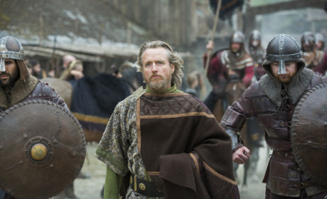 King Ecbert Rides Along - Vikings Season 3 Episode 1
