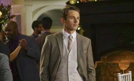 Lyman Looks Good - Revenge Season 4 Episode 14