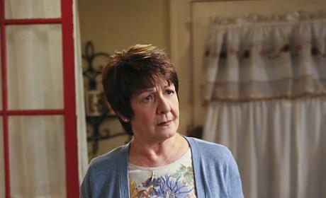 Confused Alba - Jane the Virgin Season 1 Episode 11