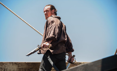 Flint Is A Brilliant Leader - Black Sails Season 2 Episode 1
