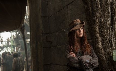 Anne Bonny Is Loyal - Black Sails Season 2 Episode 1