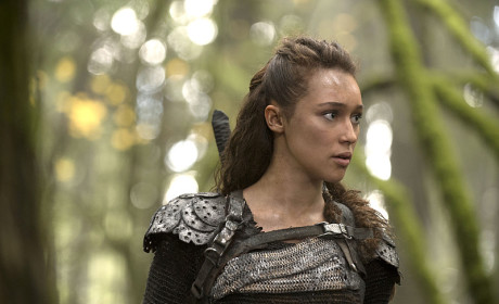 The 100 Season 2 Episode 10 Review: Survival of the Fittest