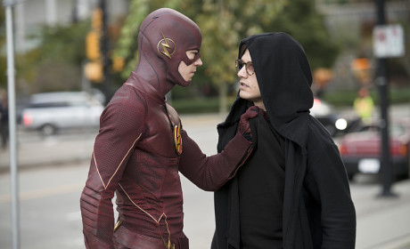 Not the Warmest Greeting - The Flash Season 1 Episode 11