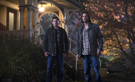 "Supernatural Photos from ""There's No Place Like Home"""