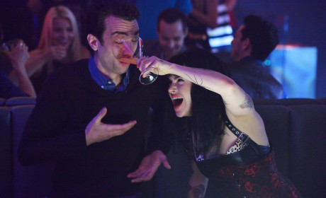 Man Seeking Woman Season 1 Episode 3 Review: Pitbull