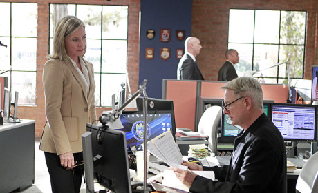 Medals and Murder - NCIS