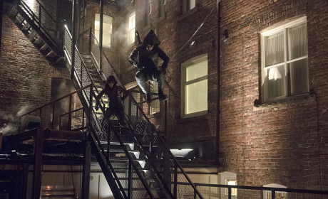 Arrow Steals Arsenal's Move Season 3 Episode 13