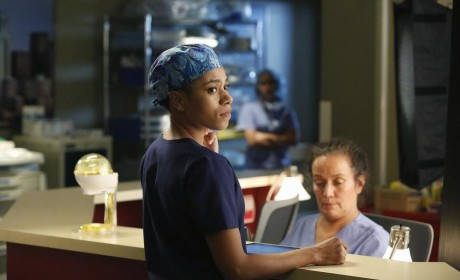 Maggie in Scrubs - Grey's Anatomy Season 11 Episode 11