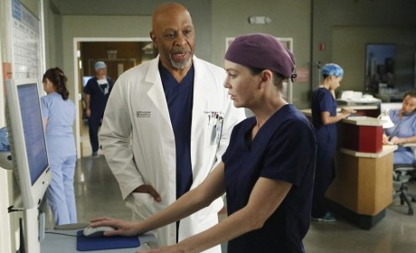"Grey's Anatomy Photos from ""All I Could Do Was Cry"""