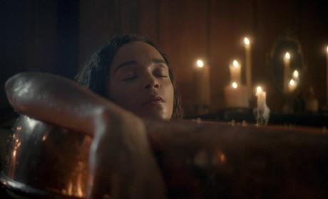 Salem Season 2 Teaser: Bathtime's About to Get Bloody