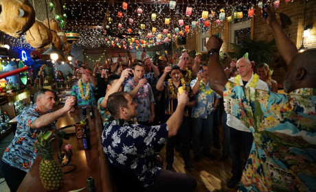 Cheers - Chicago Fire Season 3 Episode 14