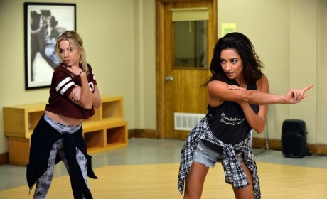 Wrong Moves - Pretty Little Liars Season 5 Episode 20