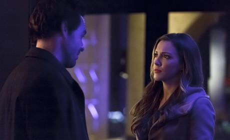 Peeking on The Lances - Arrow Season 3 Episode 14