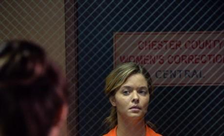 In Here - Pretty Little Liars Season 5 Episode 21