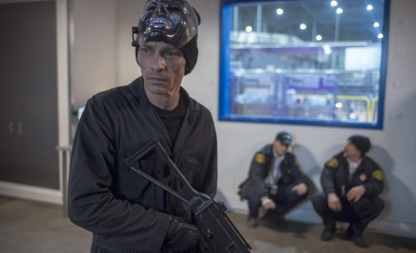 The Robber - Chicago PD Season 2 Episode 15