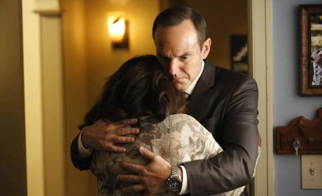 Trip's Mother Gets the Bad News - Agents of S.H.I.E.L.D. Season 2 Episode 11