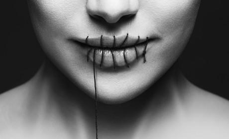 Her Lips Are Sealed - Salem
