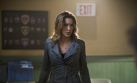 On Alert - Arrow Season 3 Episode 16