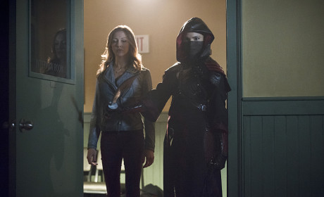 Stand Back - Arrow Season 3 Episode 16