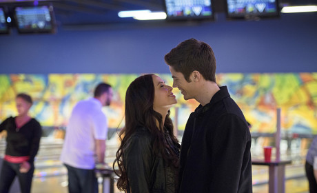 """The Flash Photos from """"Out of Time"""""""