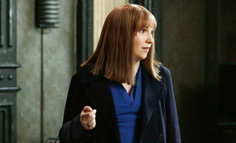 Lena Dunham on Scandal Season 4 Episode 16