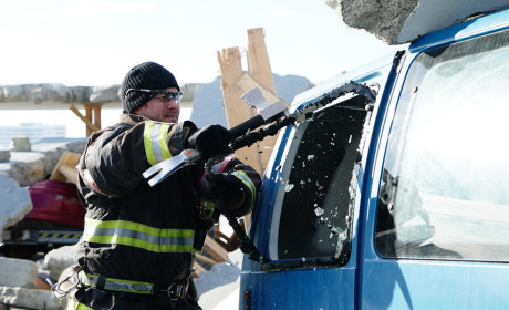 Breaking and Entering - Chicago Fire Season 3 Episode 17