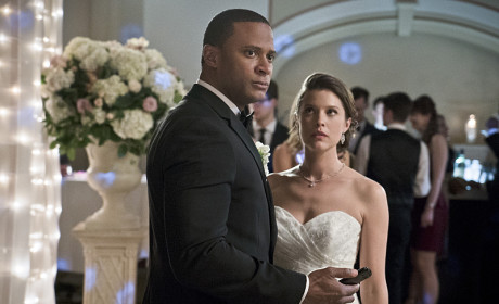 Dour Wedding Faces - Arrow Season 3 Episode 17