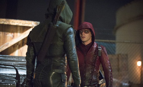 A Couple of Hoods - Arrow Season 3 Episode 17