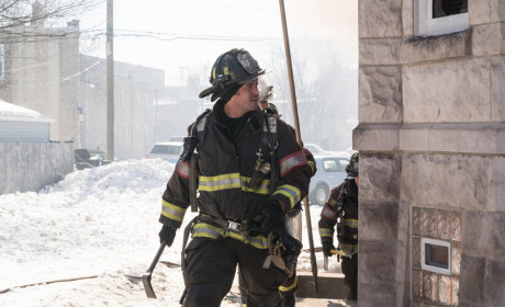 Armed and Dangerous - Chicago Fire Season 3 Episode 18