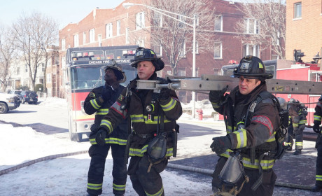 It's Ladder Time - Chicago Fire Season 3 Episode 18