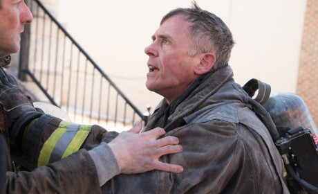 Let Me In - Chicago Fire Season 3 Episode 18