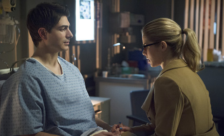 Uncomfortable - Arrow Season 3 Episode 18