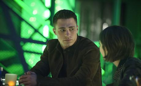 Cocktail Hour - Arrow Season 3 Episode 18