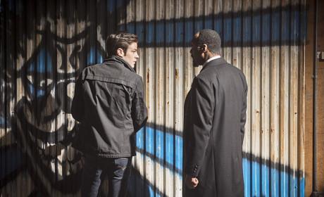 On the Case - The Flash Season 1 Episode 17
