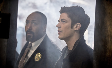 Shock and Awe - The Flash Season 1 Episode 17