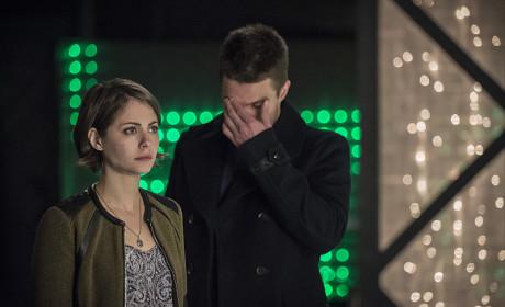 He Can't Look - Arrow Season 3 Episode 19