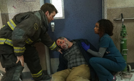 Another Injury - Chicago Fire Season 3 Episode 19