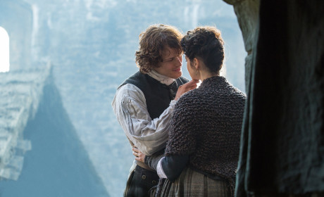 Outlander Season 1 Episode 10 Review: By the Pricking of My Thumbs