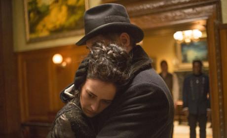 Vanessa and Sir Malcolm Hug - Penny Dreadful Season 2 Episode 1