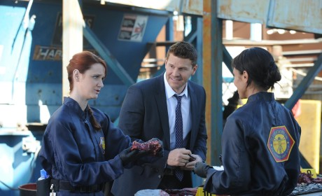 The Team Talks About What They See - Bones Season 10 Episode 15