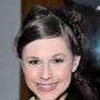 Erin Sanders Speaks on The Young and the Restless