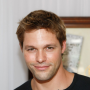 Justin Bruening and Robbie Amell to Guest Star on CSI: NY