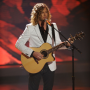 American Idol Review: Guitars, Bagpipes and Didgeridoos!