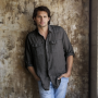 Kristoffer-polaha-promotional-picture