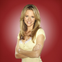 "Jessalyn Gilsig Preps Glee Fans for ""Sweet"" Return of Terri Schuester"