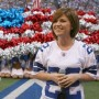 Kelly Clarkson, Carrie Underwood Entertain Thanksgiving Day Football Crowd