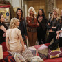 Super Models - 2 Broke Girls