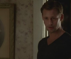 True Blood Clips: Eric vs. Sookie! Hoyt vs. Protesters!