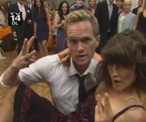 How I Met Your Mother Season Premiere Promo: Who is Hooking Up?